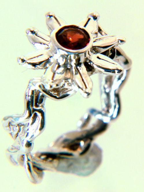 Daisy Sterling Silver Garnet Ring