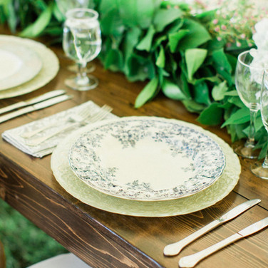 Table and Garland
