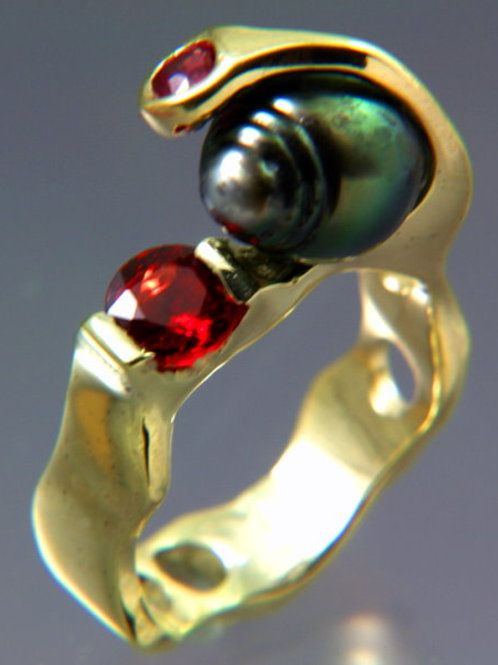 Gold Ring with Black Pearl and Red Sapphire