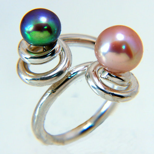 SterlingSilver coiled ring with Pink and Black Pearls