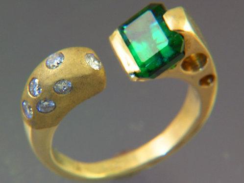Afghan Green Tourmaline Split Design with Diamonds
