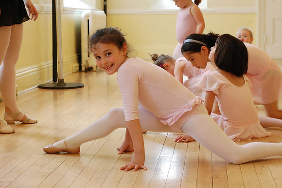 Ballet 2 Tuesday 4:00-5:00- ALMOST FULL!