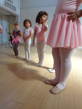 BALLET 1 (3-4yrs) Saturday 10:00-11:00