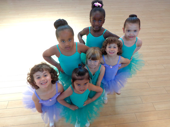 BALLET 2 (5-7yrs) Saturday 11:00-12:00