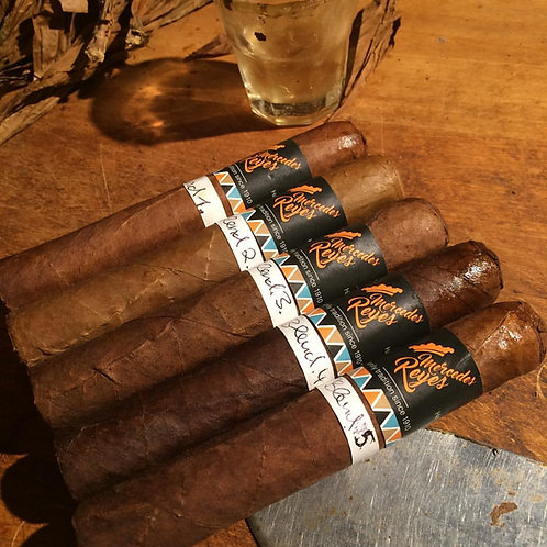 Individuelles/customized Blend Robusto (Longfiller)