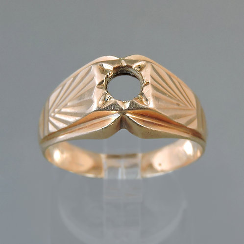 Gentleman's Vintage 18ct Gold Signet Ring - size T - 5.4g - Lacking Stone