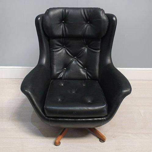 Stylish Retro Black Leather Swivel Egg Tub Lounge Chair 1950's / 60's