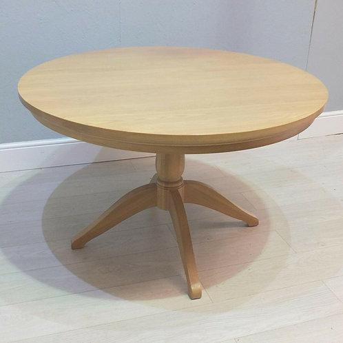 Neptune Henley Round Oak Dining Table
