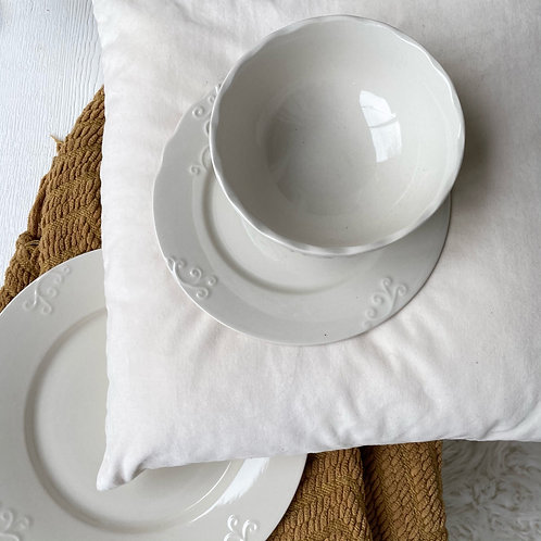 Crema Dish Set