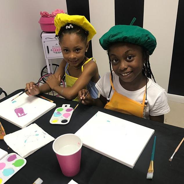 GLAM & PAINT 🎨 👑__#glamsummerprogram #art #paint #glamdolls #summerfun #canvas #littleartist #girltime #waldorf #spa #salon #empowerment #Pa