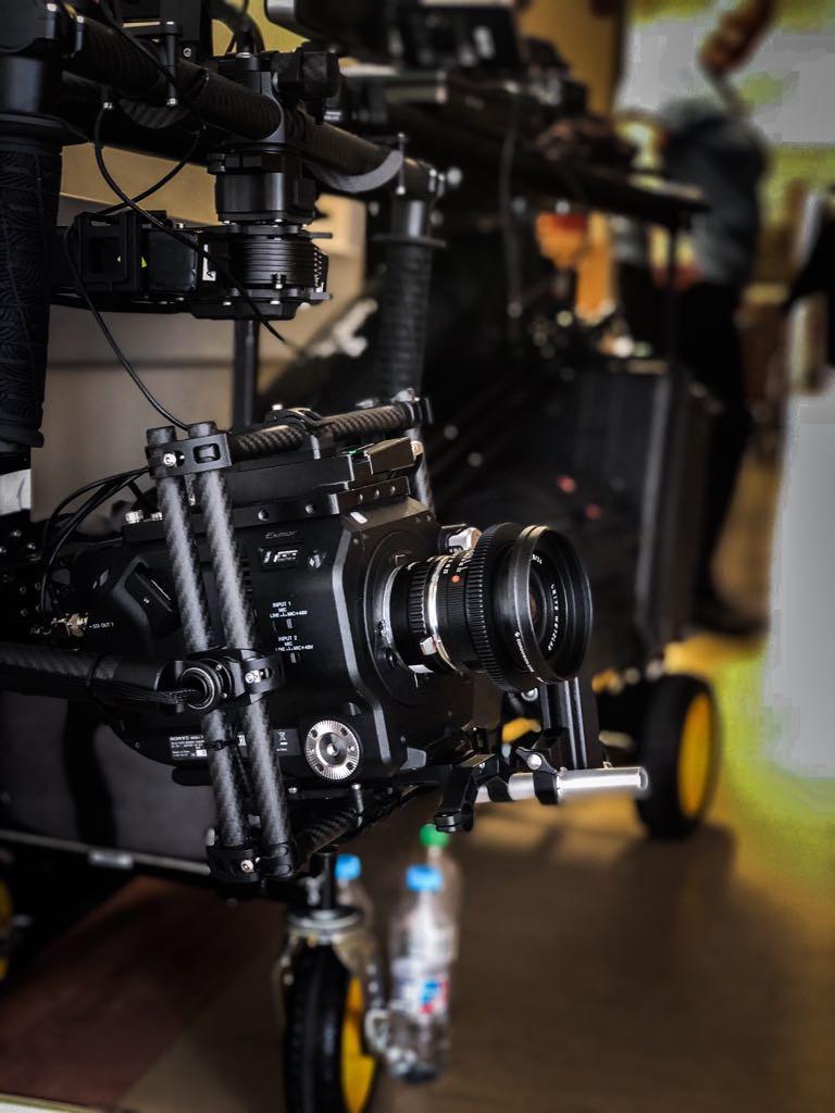 Sony Fs7 with Leica Summicron R on the MoVi M15