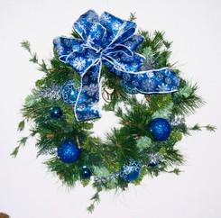Holiday Wreath 10