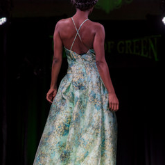 Links Shades of Green Show