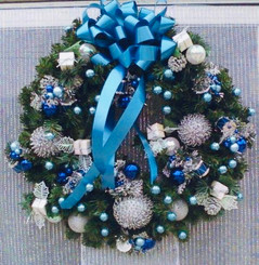 Holiday Wreath 17