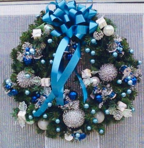 Holiday Wreath 17