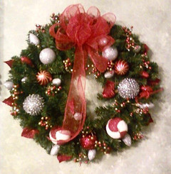 Holiday Wreath 16