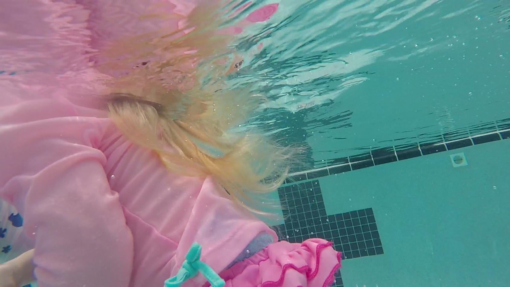 Vittoria, 2, 2018 - Swim