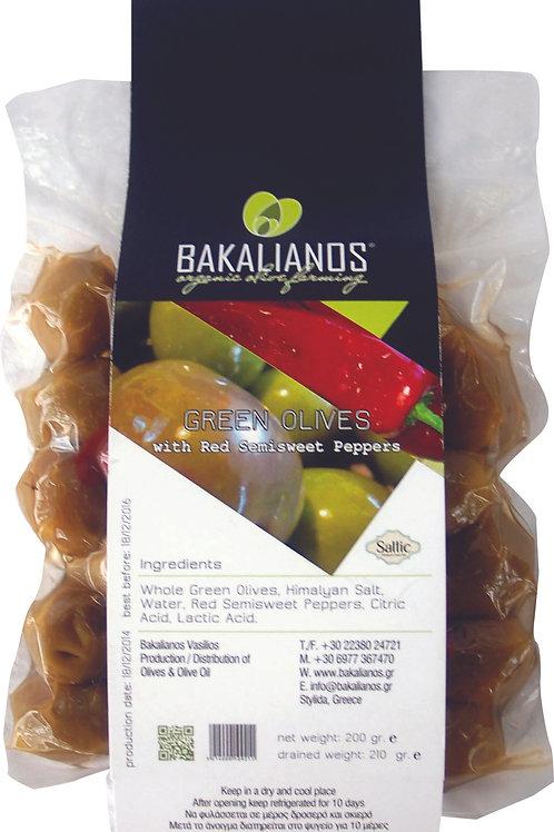 Πράσινες ελιές με ημίγλυκες κόκκινες πιπεριές