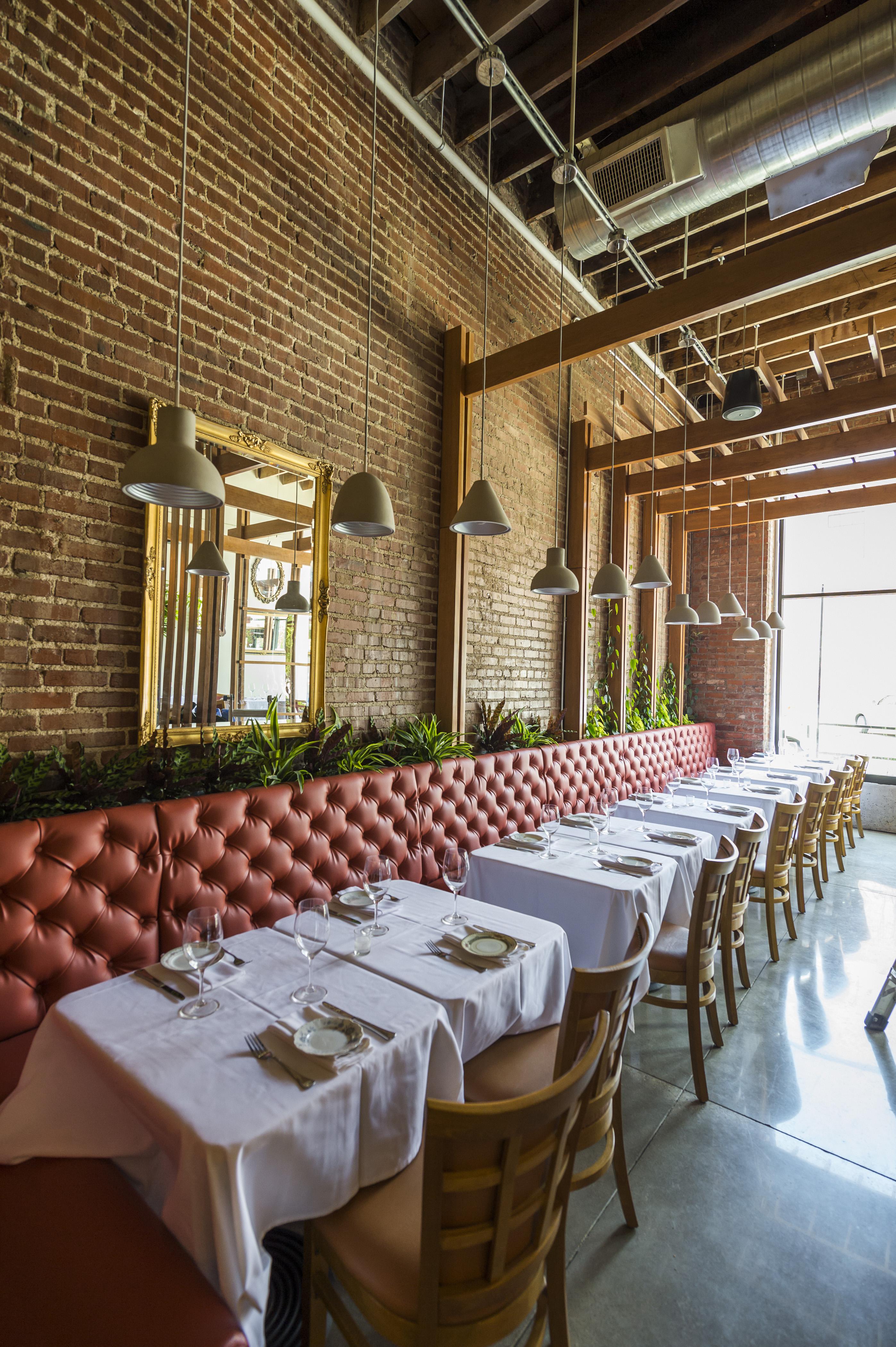 06 12 2017 Amelia's restaurant SILO EC0048
