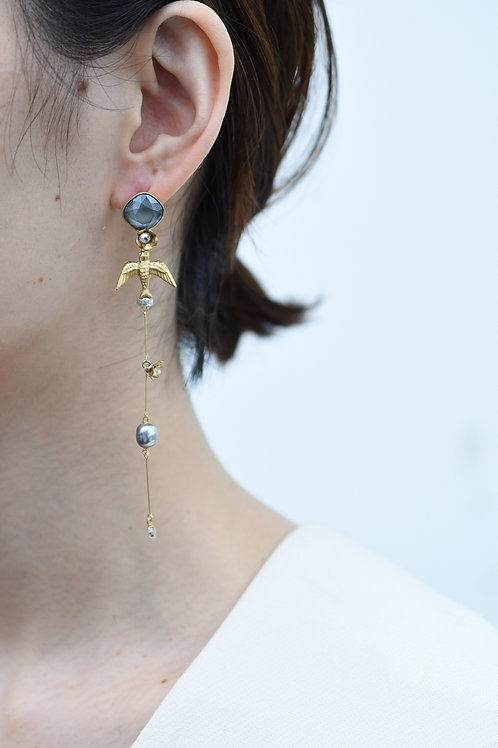 mn-p7 loquat flower and birdsong earring