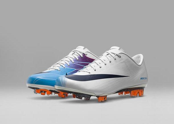 Conheça a história da chuteira Nike Mercurial e também a nova versão ... 5354a10410a62
