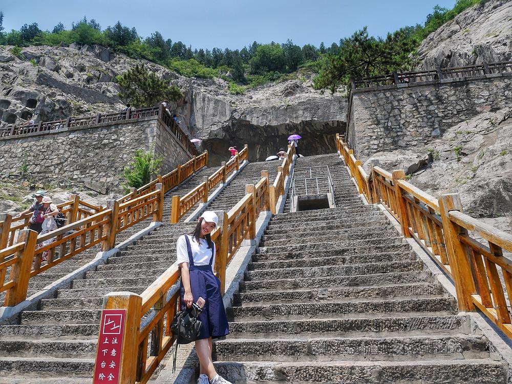 Longmen Grottoes, Luo Yang