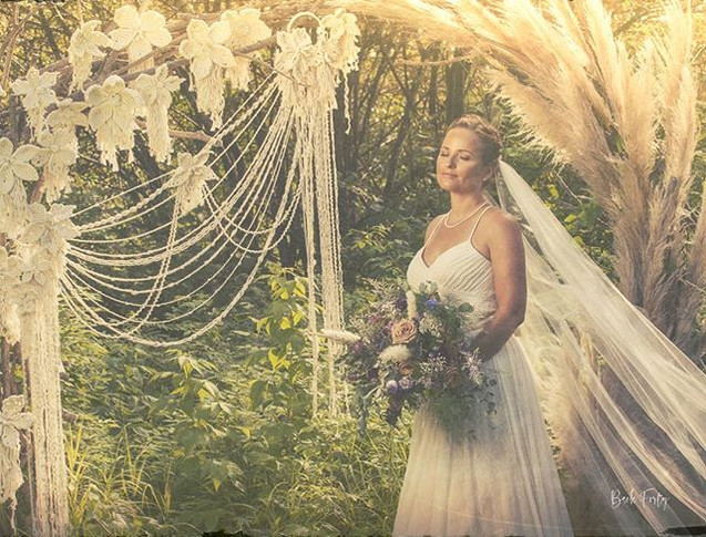 Here's a sneak peek of Styled shoot with