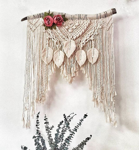 Beauty, driftwood, macrame, sik flowers, eucalyptus, feather