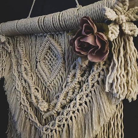 Macrame wall hanging, silf flower, macrame flower, driftwood