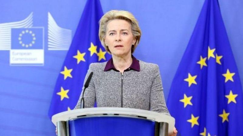 """欧盟委员会主席冯德莱恩9月强调,北爱协定""""必不可少""""。北爱协议是脱欧进程中剩下的难关之一"""