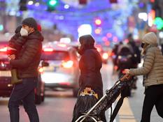 意政府考虑在假期推更严防控举措 圣诞聚集引疫情反弹担忧