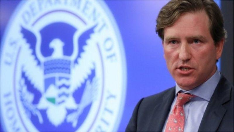 特朗普说,他已经解雇了美国网络安全和基础设施安全局局长克里斯·克雷布斯(Chris Krebs)