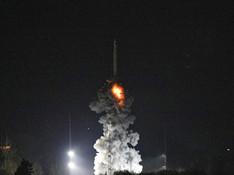 """一箭双星 中国成功发射""""极目""""空间科学卫星"""