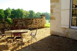 Chateau gite patio