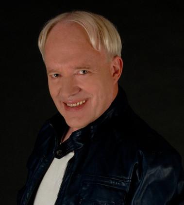 Henk Brugge as Ernest