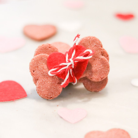 HEART-BEET DOG TREATS