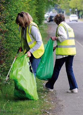 Onesie litter pick, Holywell