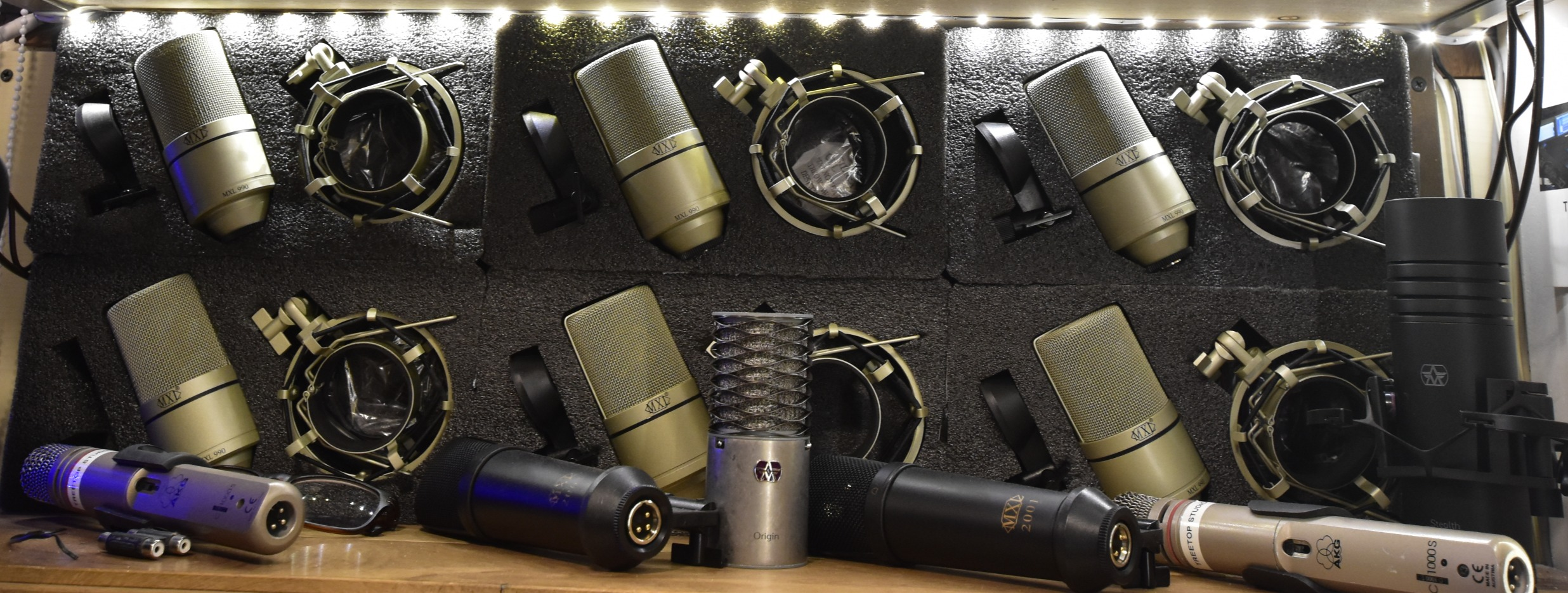 wall of Mic's