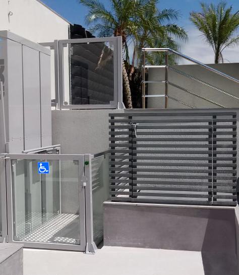 Plataformas comerciais meia cabine panor