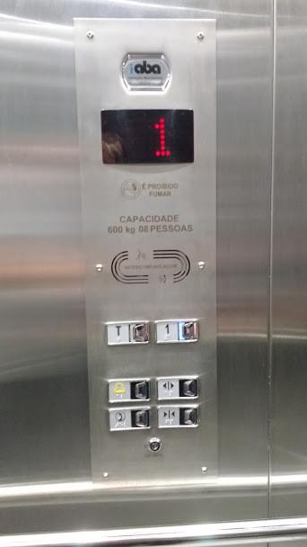 Modelo de botoeira elevador - Totem (2).