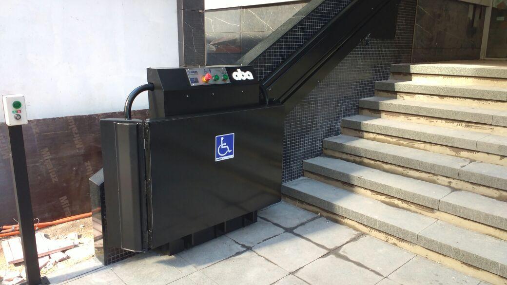 Plataforma escada-plano inclinado (2).jp