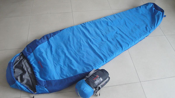 K0 blue sleeping bag .JPG.jpg