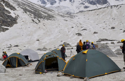 Jaqana Camping tent manufacturer in Delhi for All season Camping!