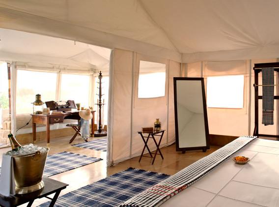 Inner view Luxury Swiss Cottage tent.jpe
