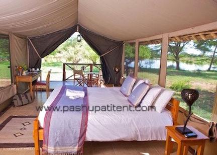Jungle Safari tent in Kenyan Safari Camp