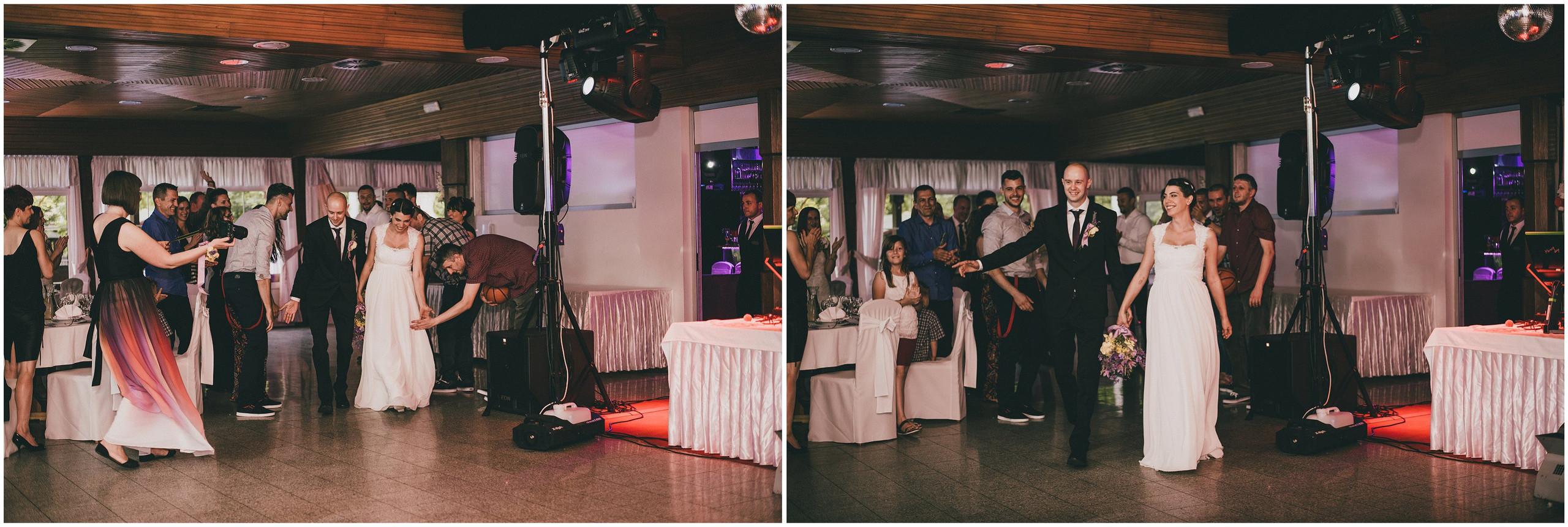Ulazak mladenaca u restoran, snimanje vjenčanja u Divljim Vodama