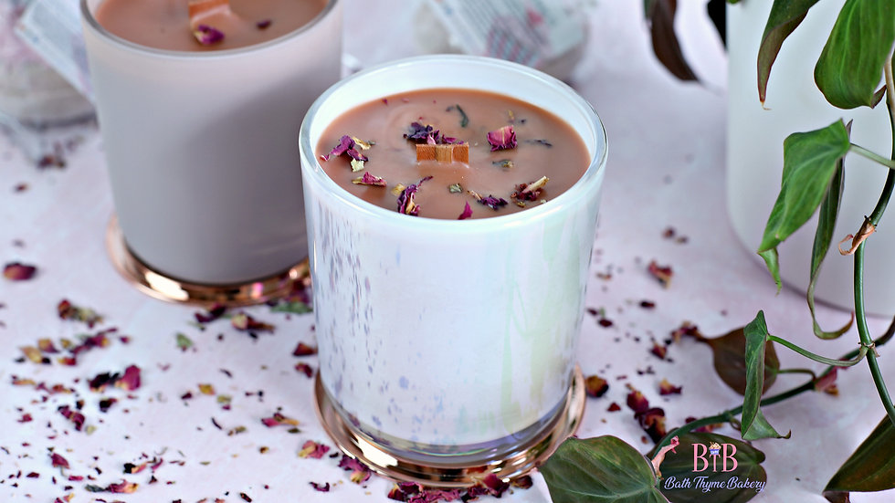 Sweet and Bougie Candle - Honey Rose