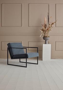 Vikko krēsls ar roku balstiem