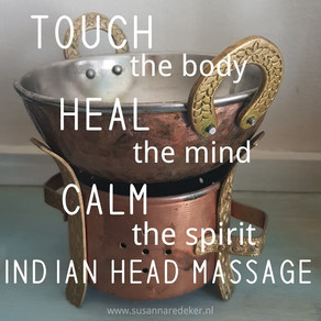 Shiro Abhyanga - indian head massage