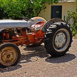 poblanos tractor